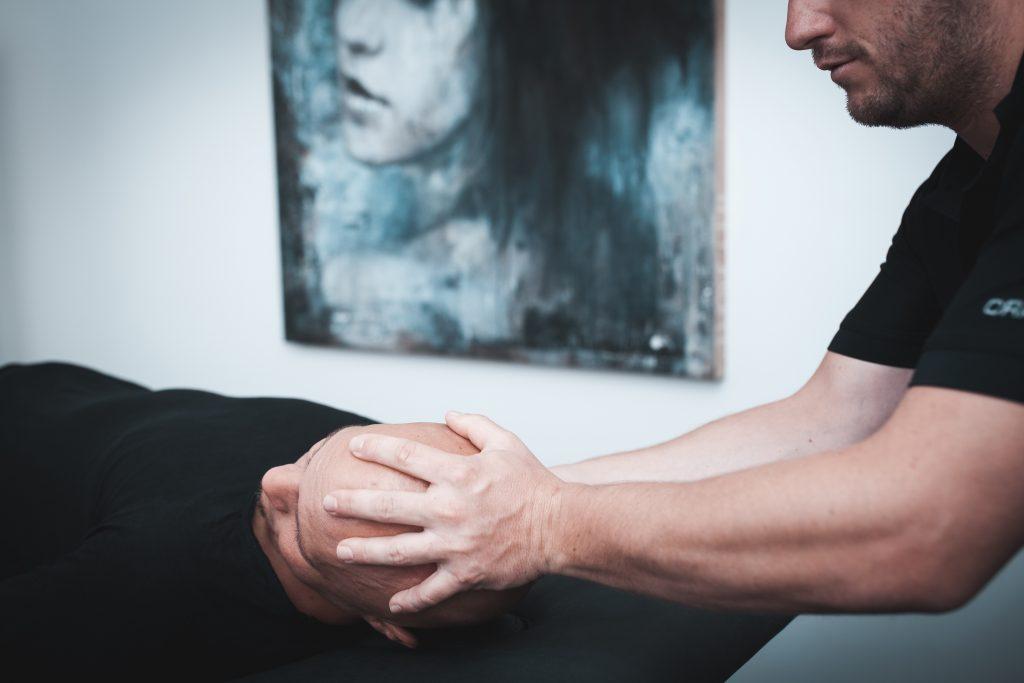 Kompressionstherapie bei Kopfschmerzen , Migräne & Schwindel